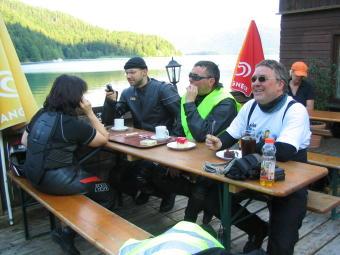 Kaffee und Kuchen in Urfeld am Walchensee